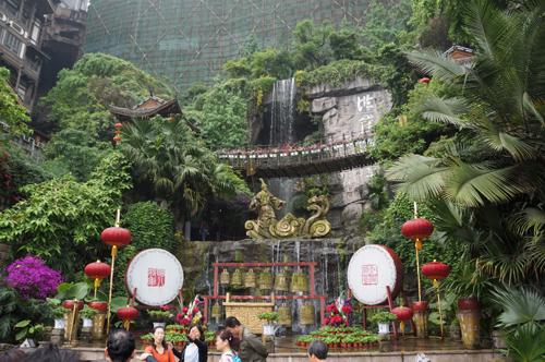 NYJA-China-2016-500px-shoppingbackdrop